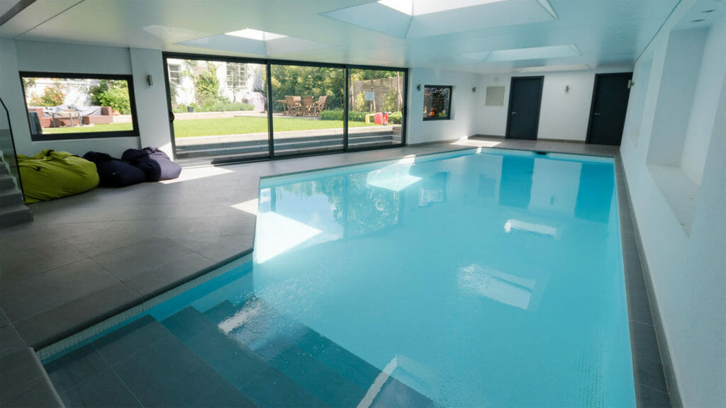 east sheen swimming lessons london