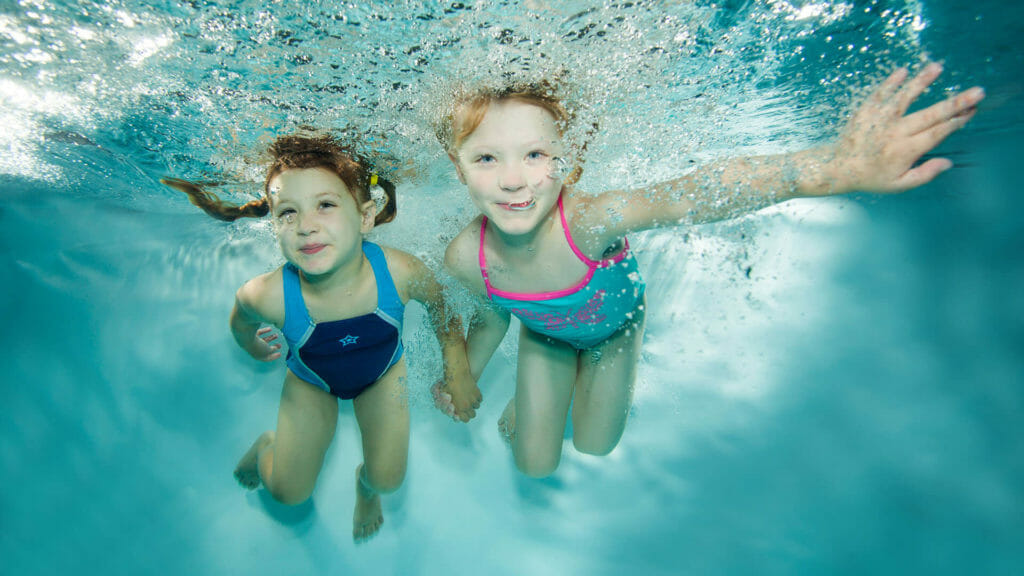 1:2 children's swimming lesson with swimway